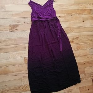 Liz Lange purple ombre maternity dress size small